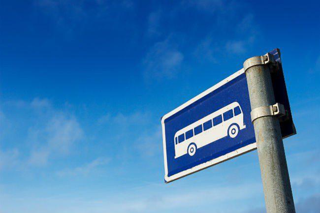 Busskilt.Foto.
