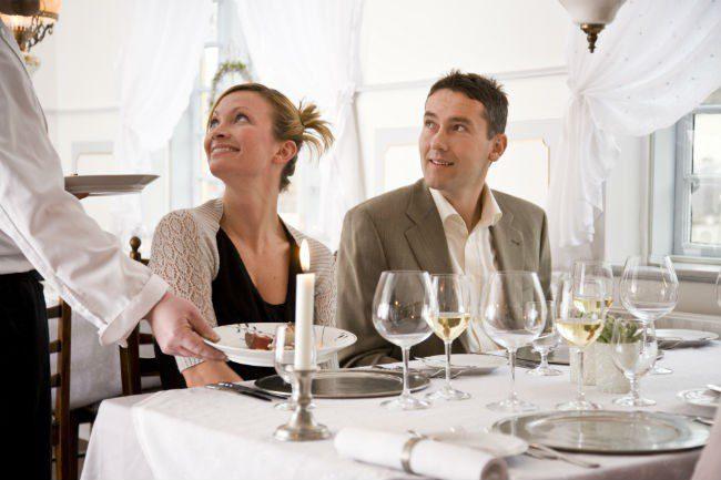Par på restaurant.Foto