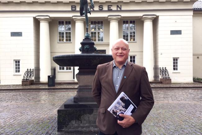 Jorge Jensen foran børsen.Foto